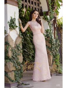 Модель №50 розового цвета длинное облегающее
